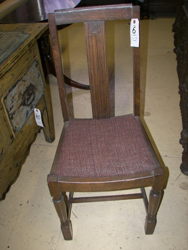 6: Set of 4 oak diningroom chairs