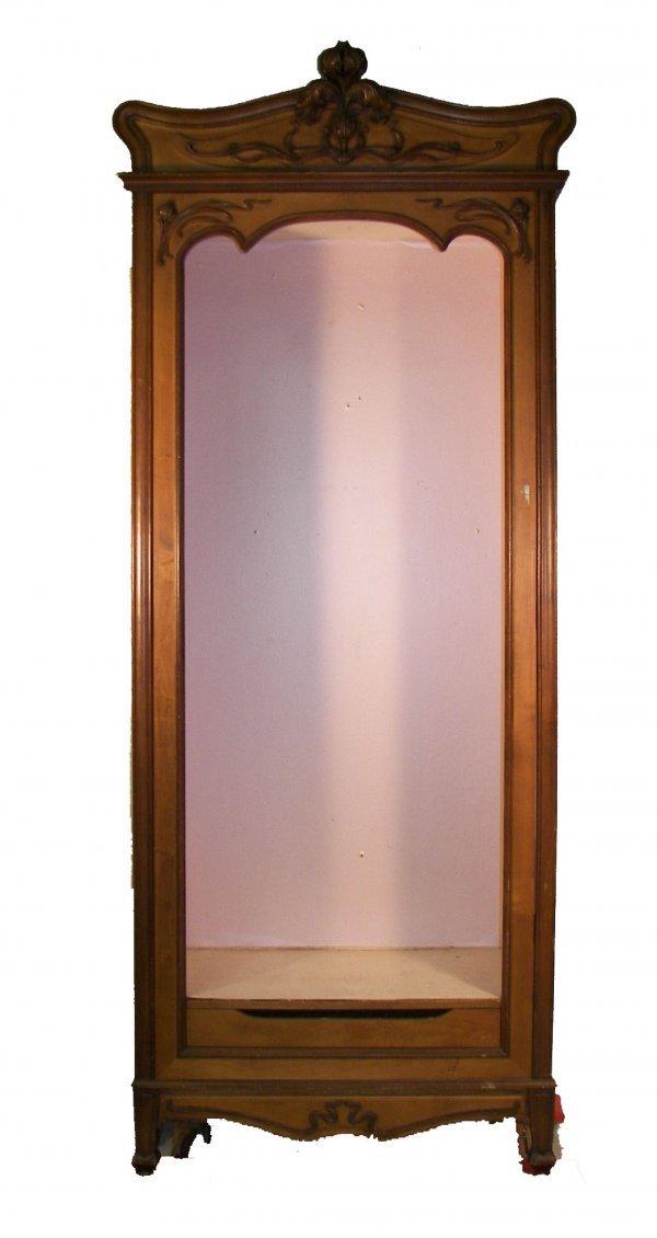 22: Tall Art Nouveau cabinet