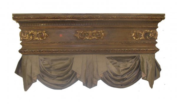 25: French carved and gilded cornish