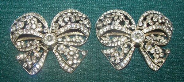 25: Pr. ca. 1910 bow tie costume jewelry w/zircon