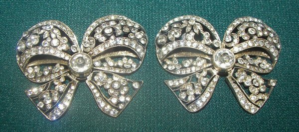 25: Pr. ca. 1910 bow tie costume jewelry w/zircon