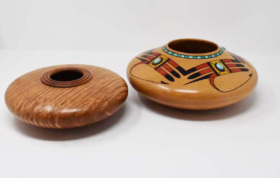 2 delicate wooden bowls