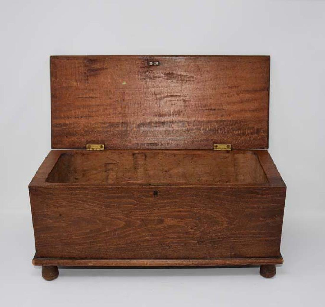 Miniature wooden blanket chest - 2