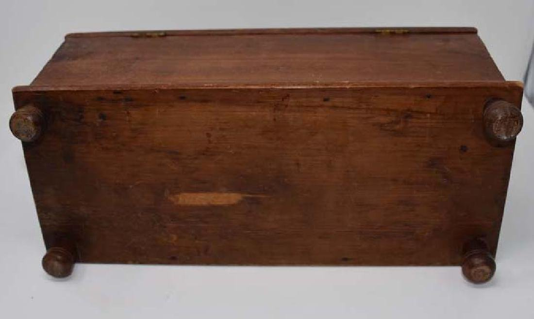 Miniature wooden blanket chest - 3
