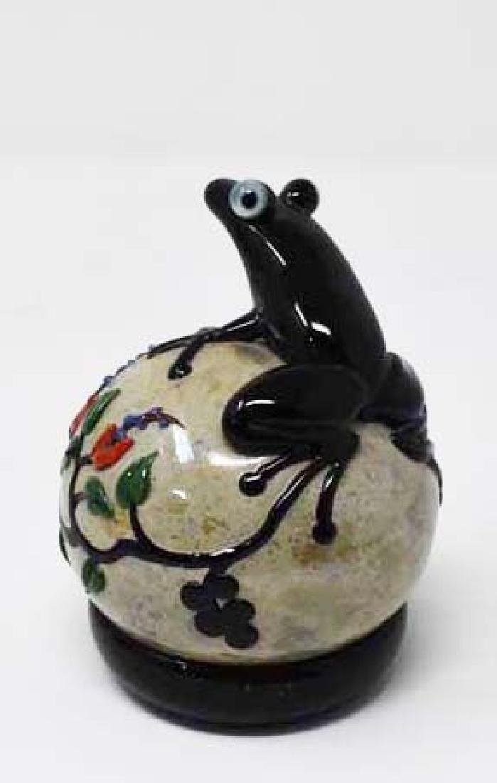 Signed John Nygren art glass paperweight - 2