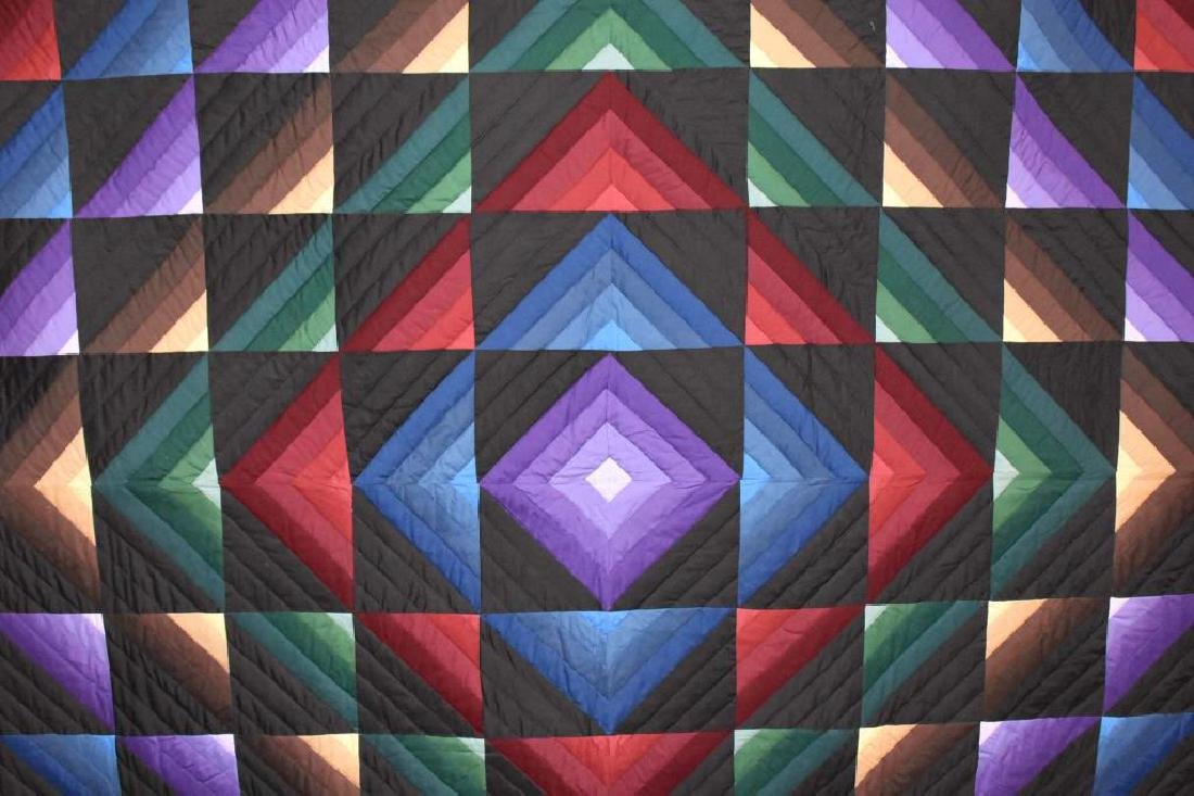 Hand stitched Amish quilt - 2
