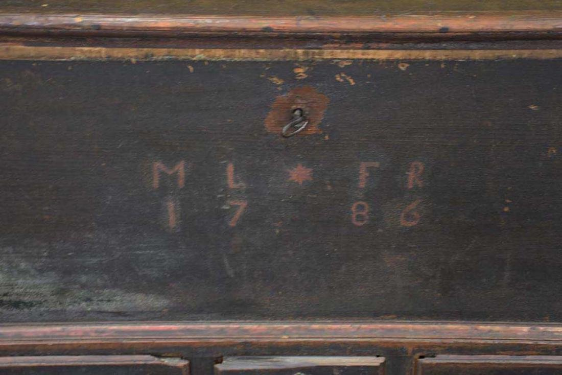 1786 Pennsylvania Painted Blanket Chest - 4