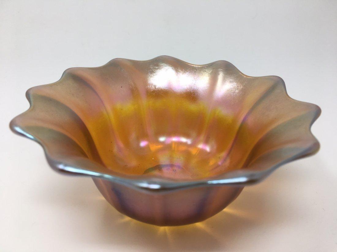 Kew Blas Art Glass Bowl