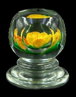 John Choko 1973 Yellow Flower Faceted Paperweight