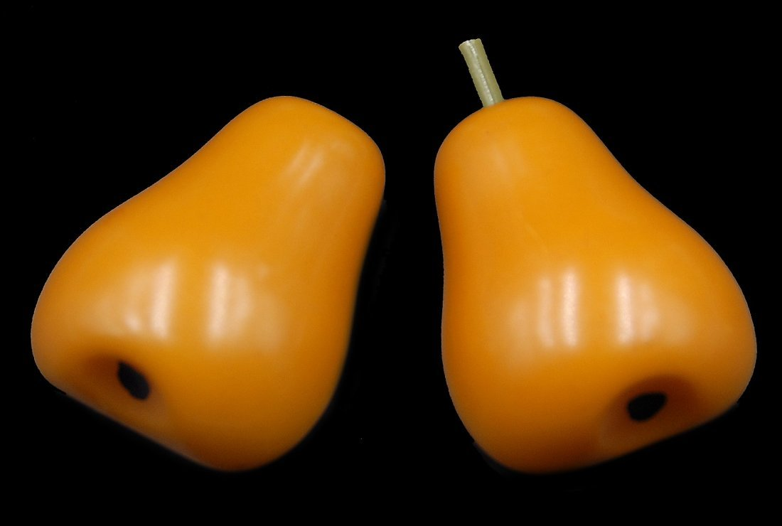 Bakelite 2 Pc Pear Pins
