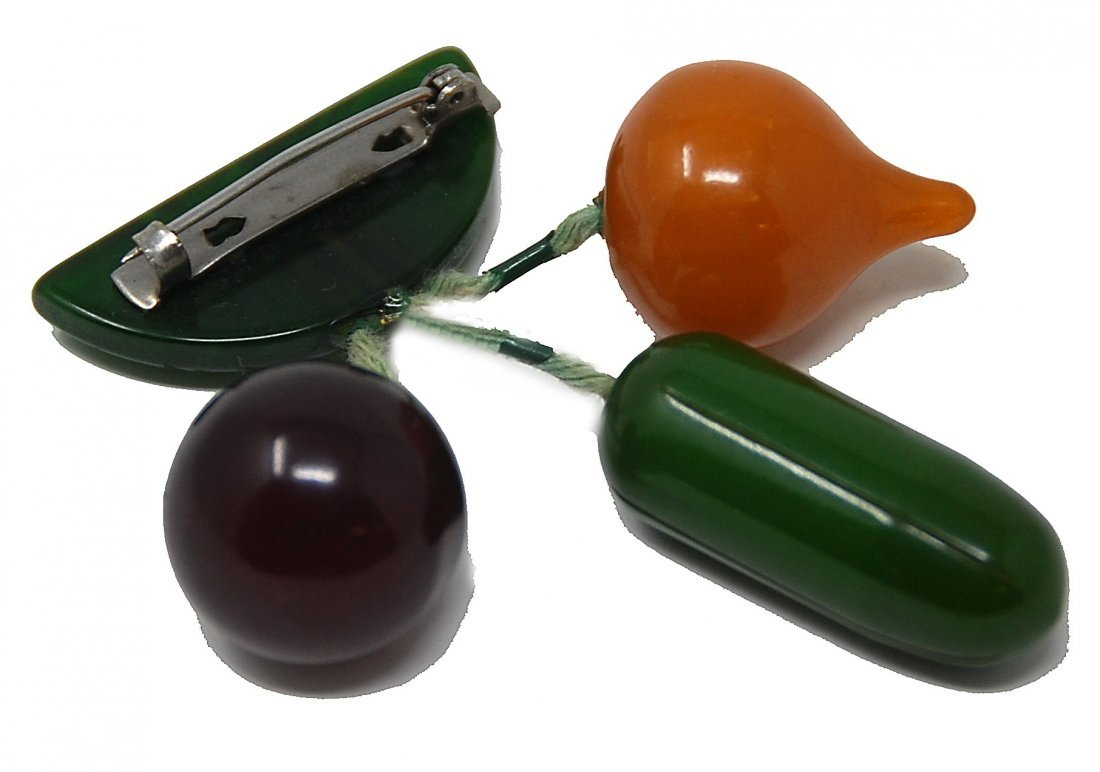 Bakelite Leaf And Vegetable Pin Onion, Cucumber, - 3