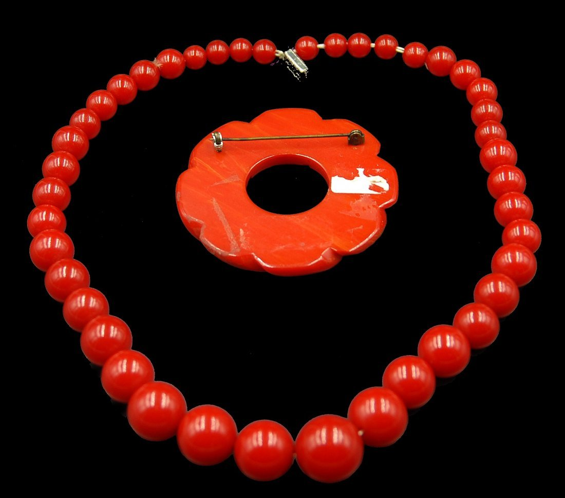 Cherry Red Bakelite Necklace And Pin - 3