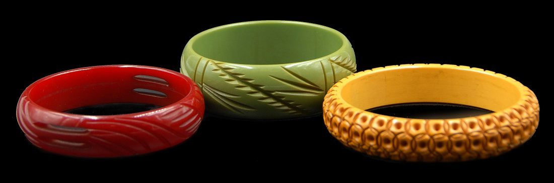 3 Carved Bangle Bracelets Cherry Red, Carammel, Green - 2