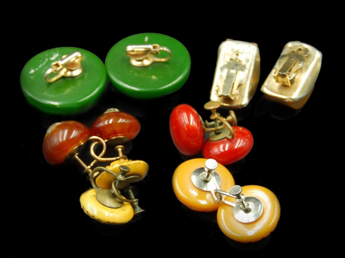6 Pairs Earrings Butterscotch, Red, Carved, Brass And - 2