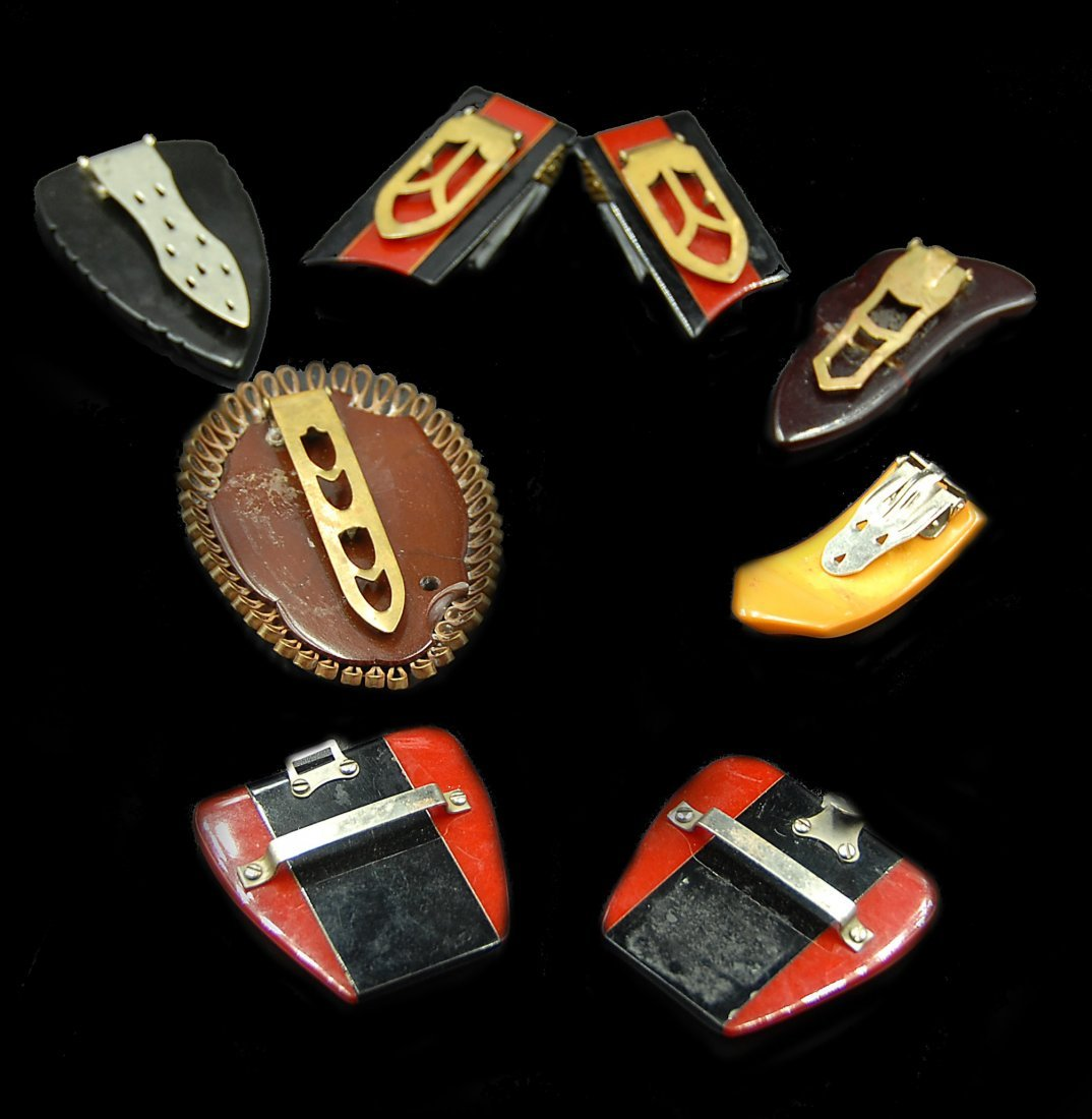 6 Bakleite Buckles 2 Red And Balck Sets Others Loose - 2