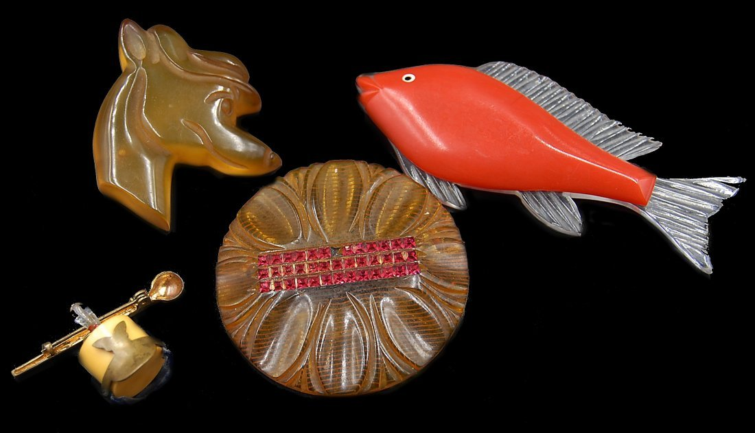 4 Apple Juice And Cherry Bakelite Pins Dog, Fish,