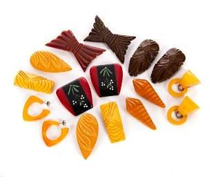 8 Vintage Bakelite Earings and Pins