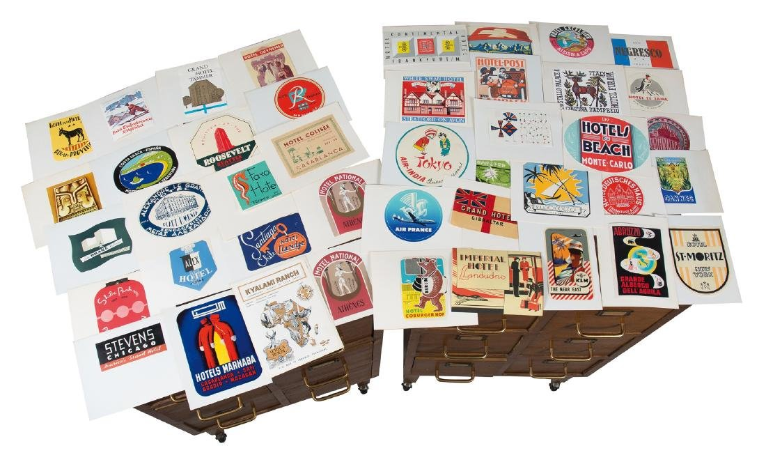 Large collection of 8.000 stickers from hotels in different countries and aviation stickers. From 1930 to 1960.