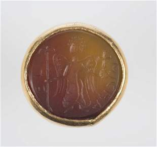 Imposing gold and carnelian ring.  Byzantine art.  12th