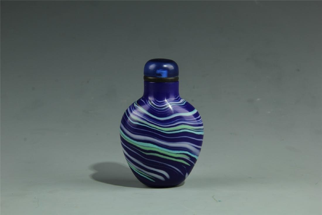 BLUE PEKING GLASS SNUFF BOTTLE - 2