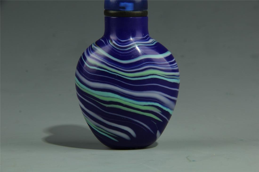 BLUE PEKING GLASS SNUFF BOTTLE - 5