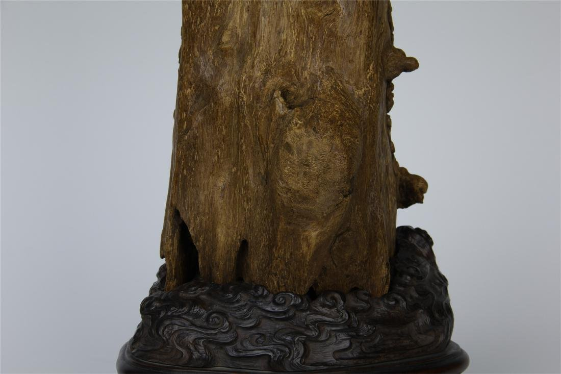 CHINESE AGALWOOD CRAVED SEATED GUANYIN - 7