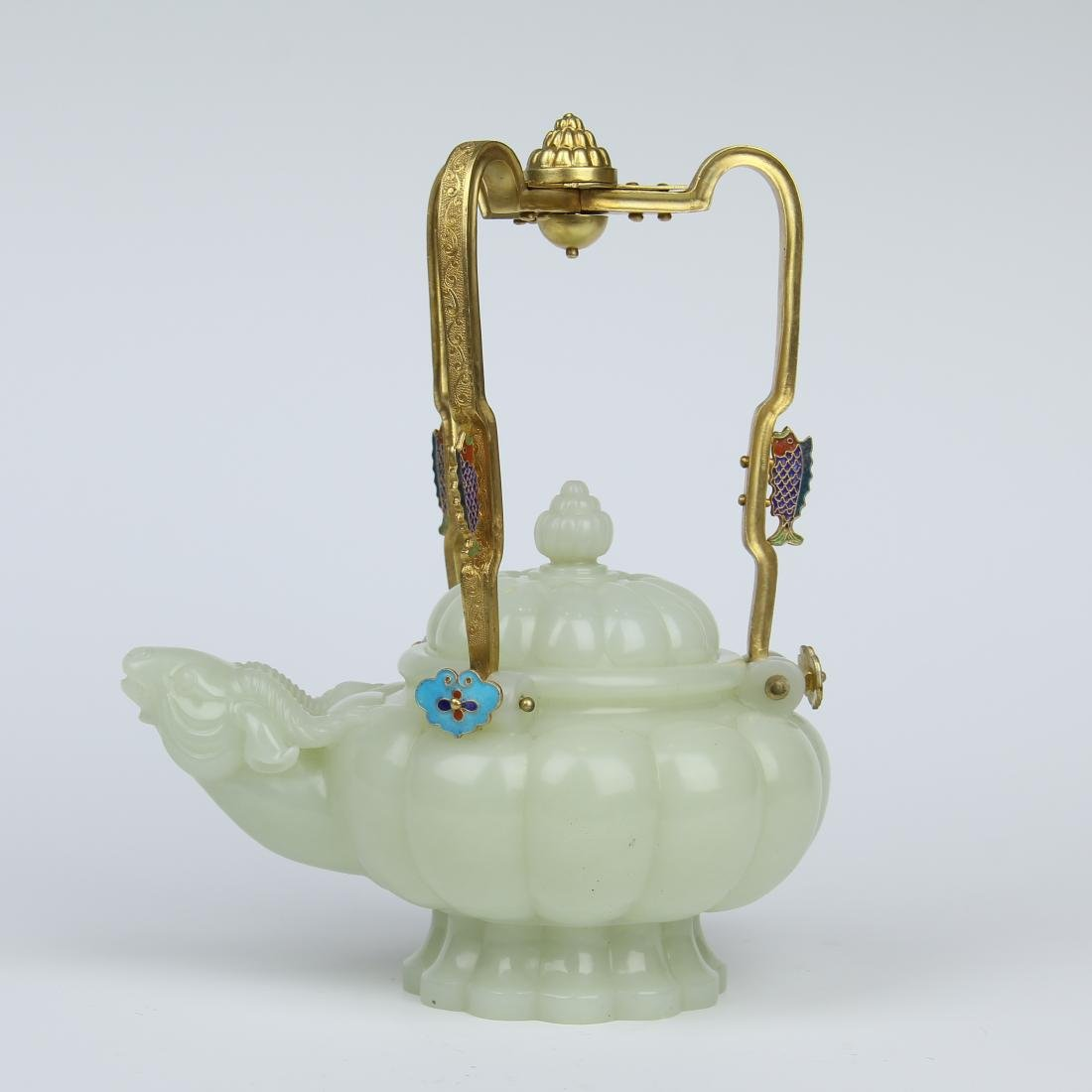 CHINESE JADE RAM HEAD KETTLE WITH GILT BRONZE HANDLE