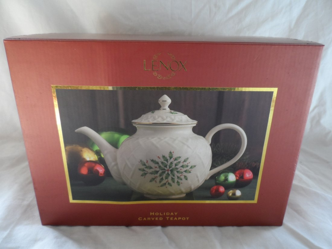 Lenox Holiday Carved Teapot NOS NEW