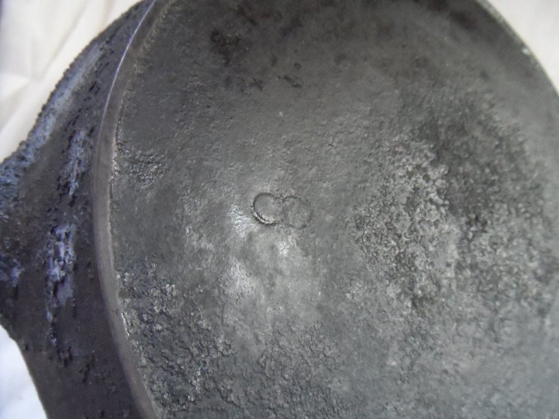 Cast Iron Pan Grouping Griswold - 3