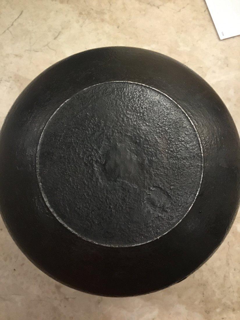 Iron Kettle (Kama) by Ikkei Kakutani, Late 20th century - 5