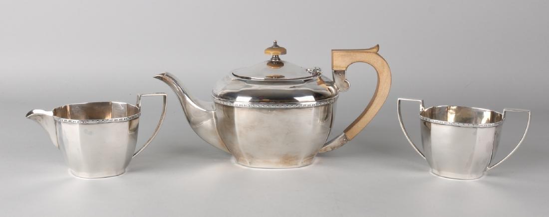 Silver tea set, 925/000, 3 pieces, Art Deco. Square model with tea jug, milk ju