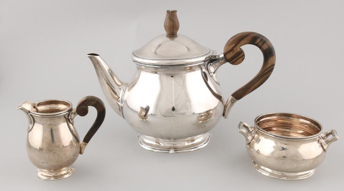 Beautiful silver tea service, 925/000, consisting of a teapot, milk and sugar bo