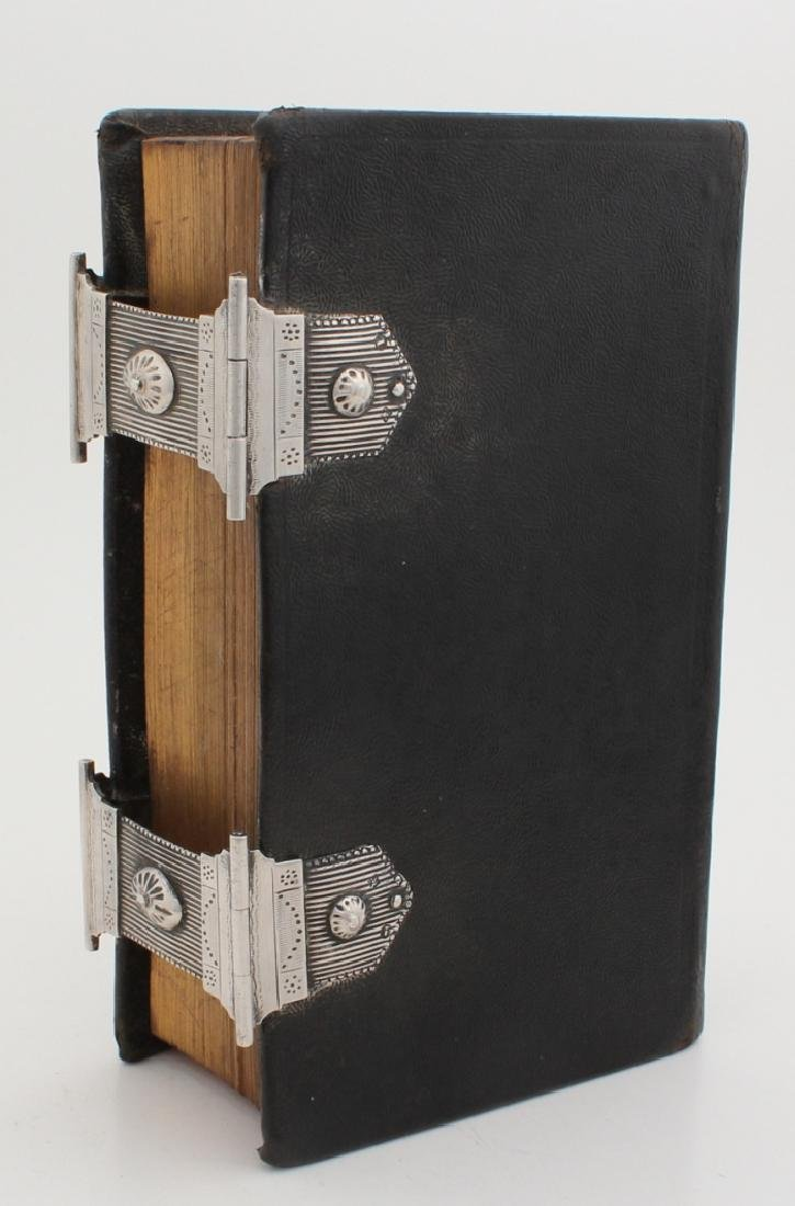 Bible with silver locks, 835/000. Bible, the New Testament, 1832, with black lea