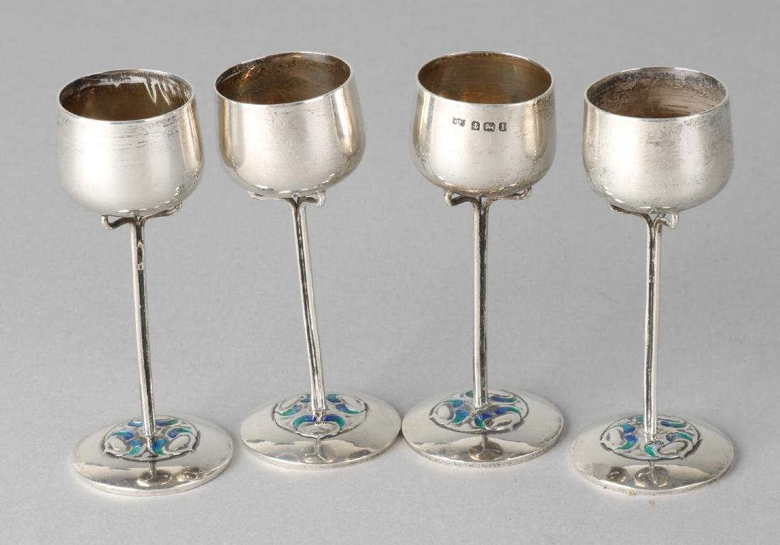 Four silver shot glass, 925/000, decorated on round base with blue / green ename