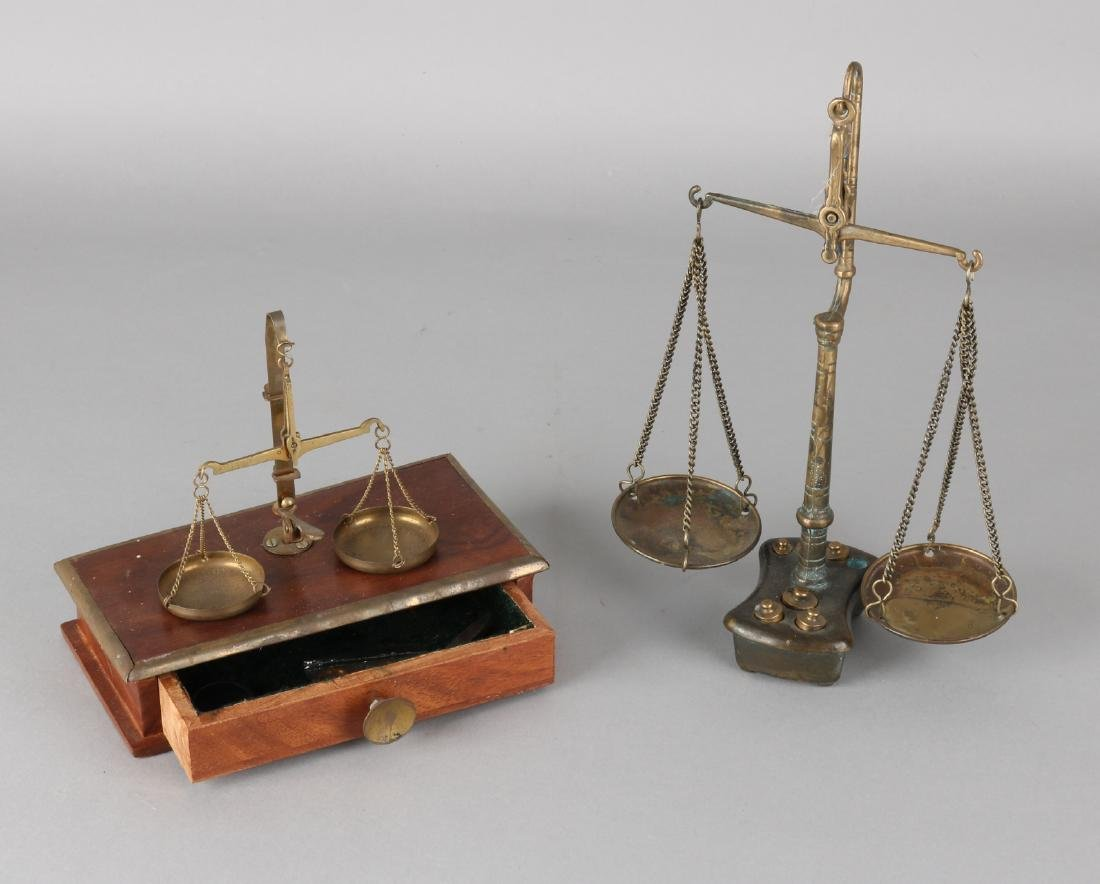 Two old / antique gold scales. Once in the 19th century in an oak box. One time