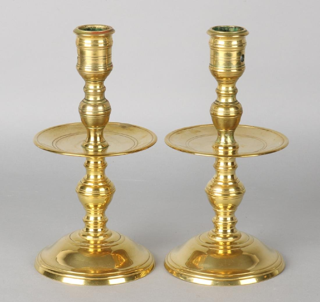 Two old brass collar candlesticks. 20th century. Size: 22 x 10.5 cm ø. In good c