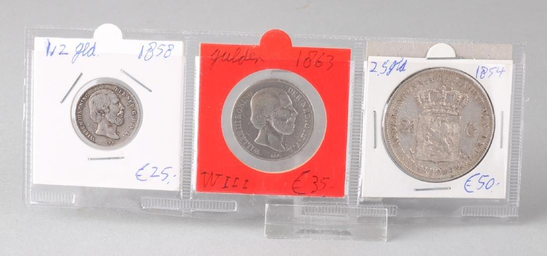 Lot with 3 silver coins: 1x 1/2 gulden 1858, 1x 1 gulden 1863 WIII and 1x 2,5 gu