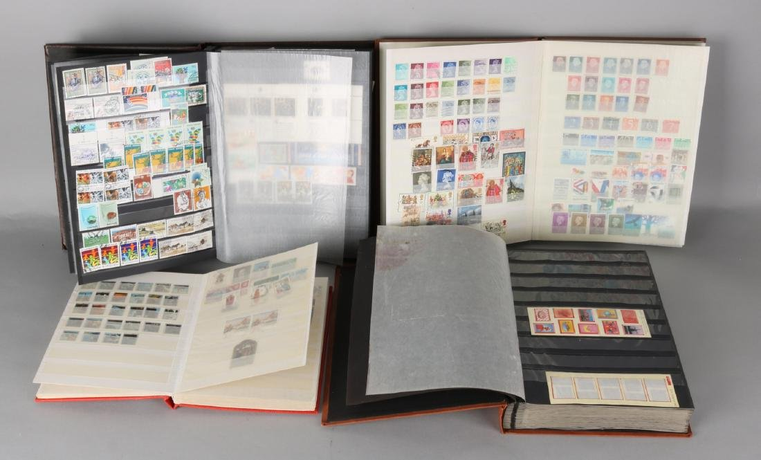 Four stamp books worldwide, including beautiful material United Nations.