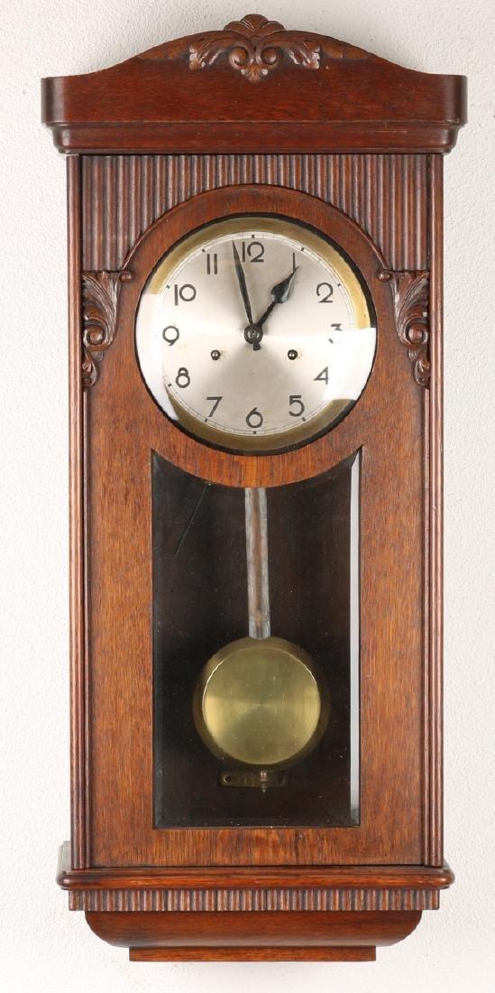 Antique gift oak wood regulator with cut glass and beautiful clock box. Circa: 1