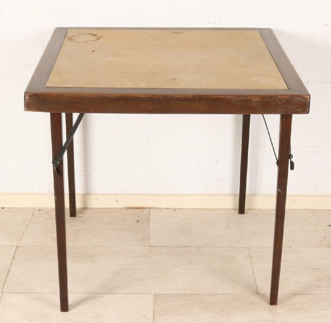 Antique thonet picnic table. Foldable. First half of 20th century. Size: 71 x 75