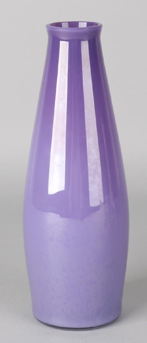 Old German purple glass vase by Jean Beck, Munich. Circa 1930. Size: 24 cm. In g
