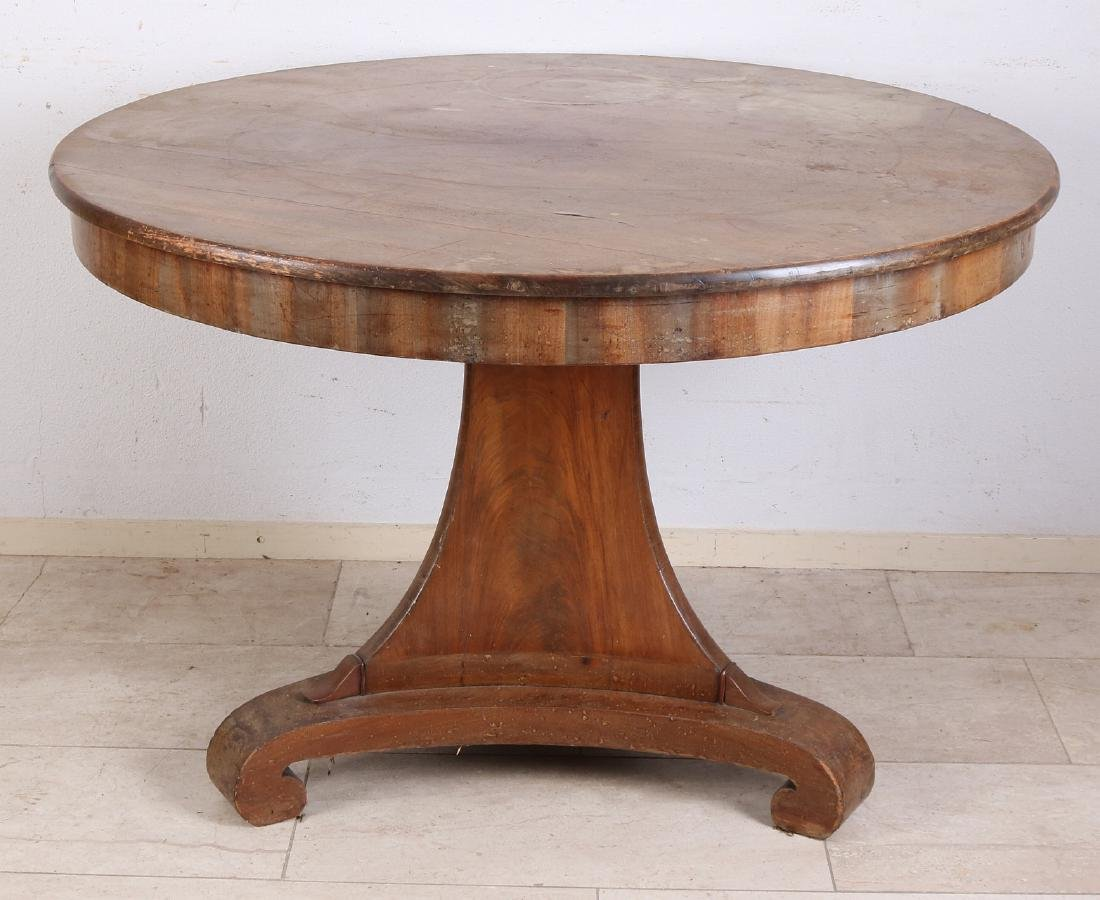 Early 19th century mahogany dining table. Unrestored.
