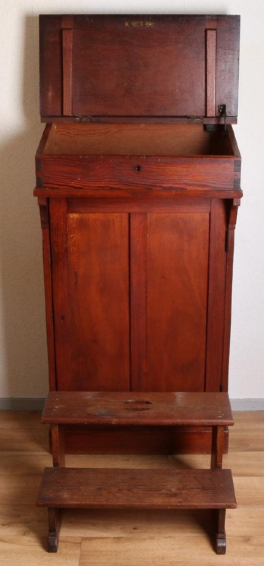 Antique pinewood desk + wooden bench. Circa 1900. - 2