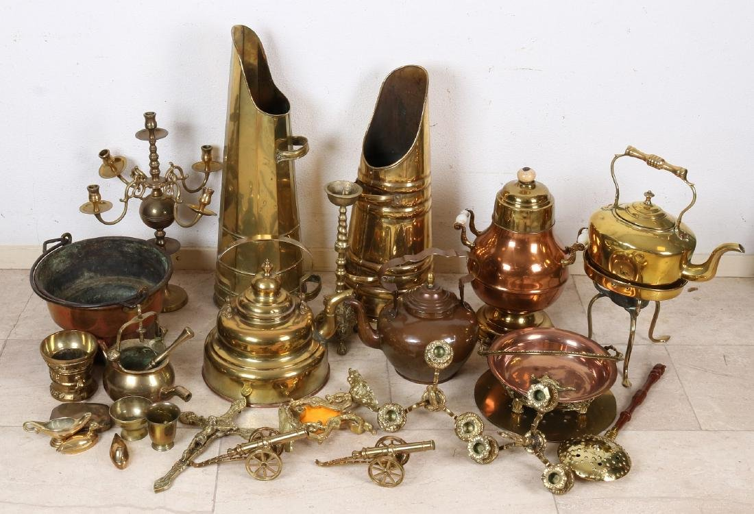 Very large lot of old / antique diverse copper work.