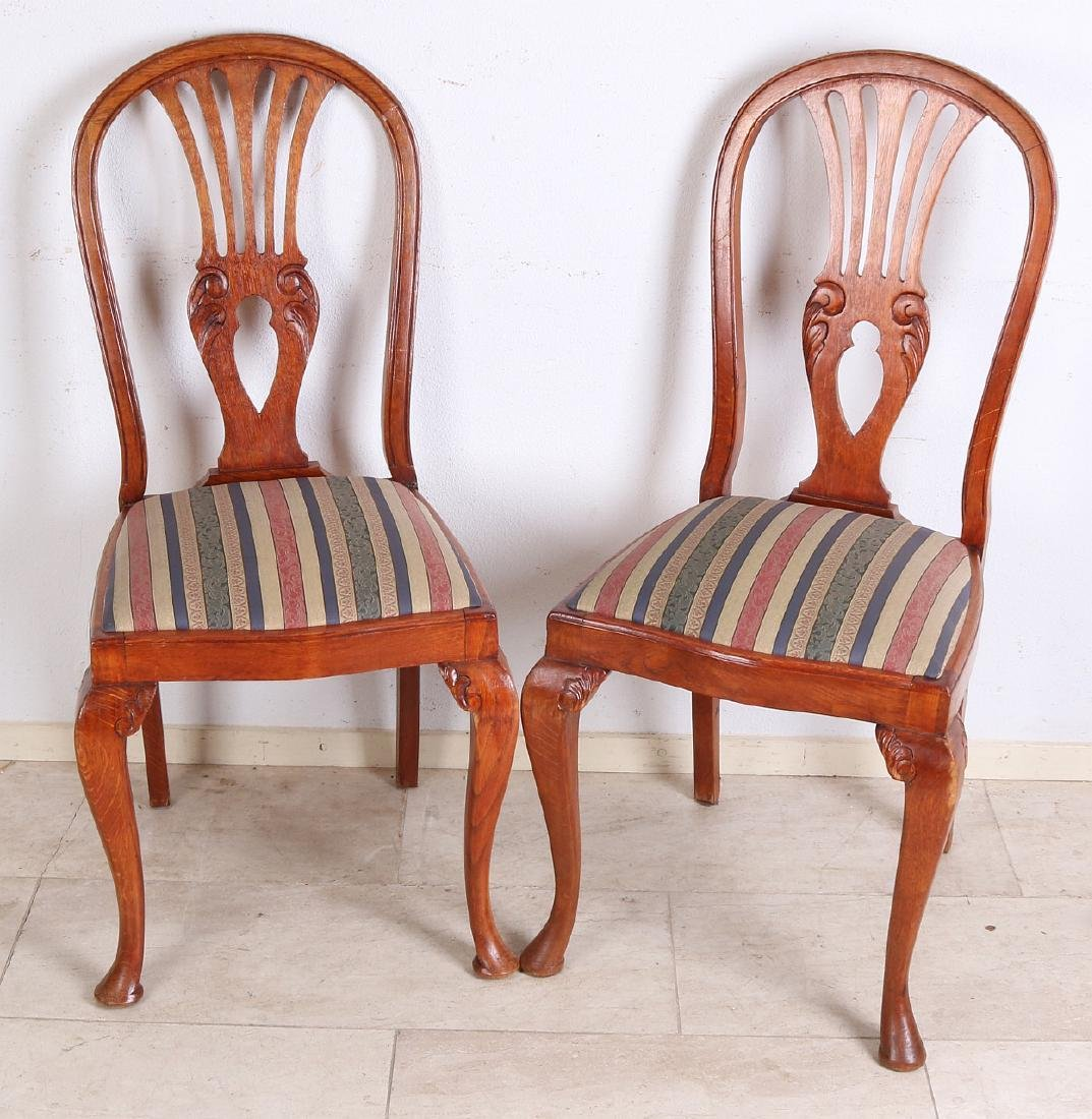 Six antique oak dining table chairs with good