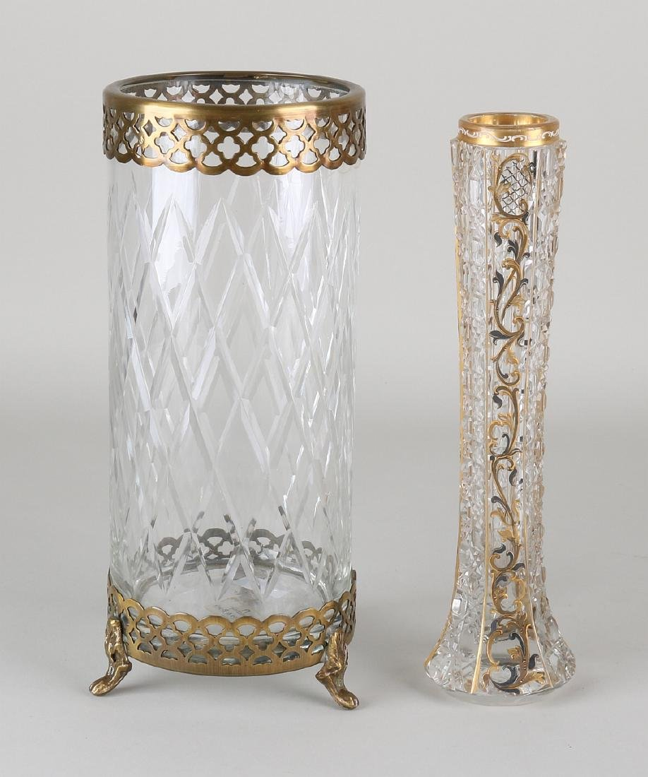Twice old / antique crystal. Consisting of: * Pipe vase