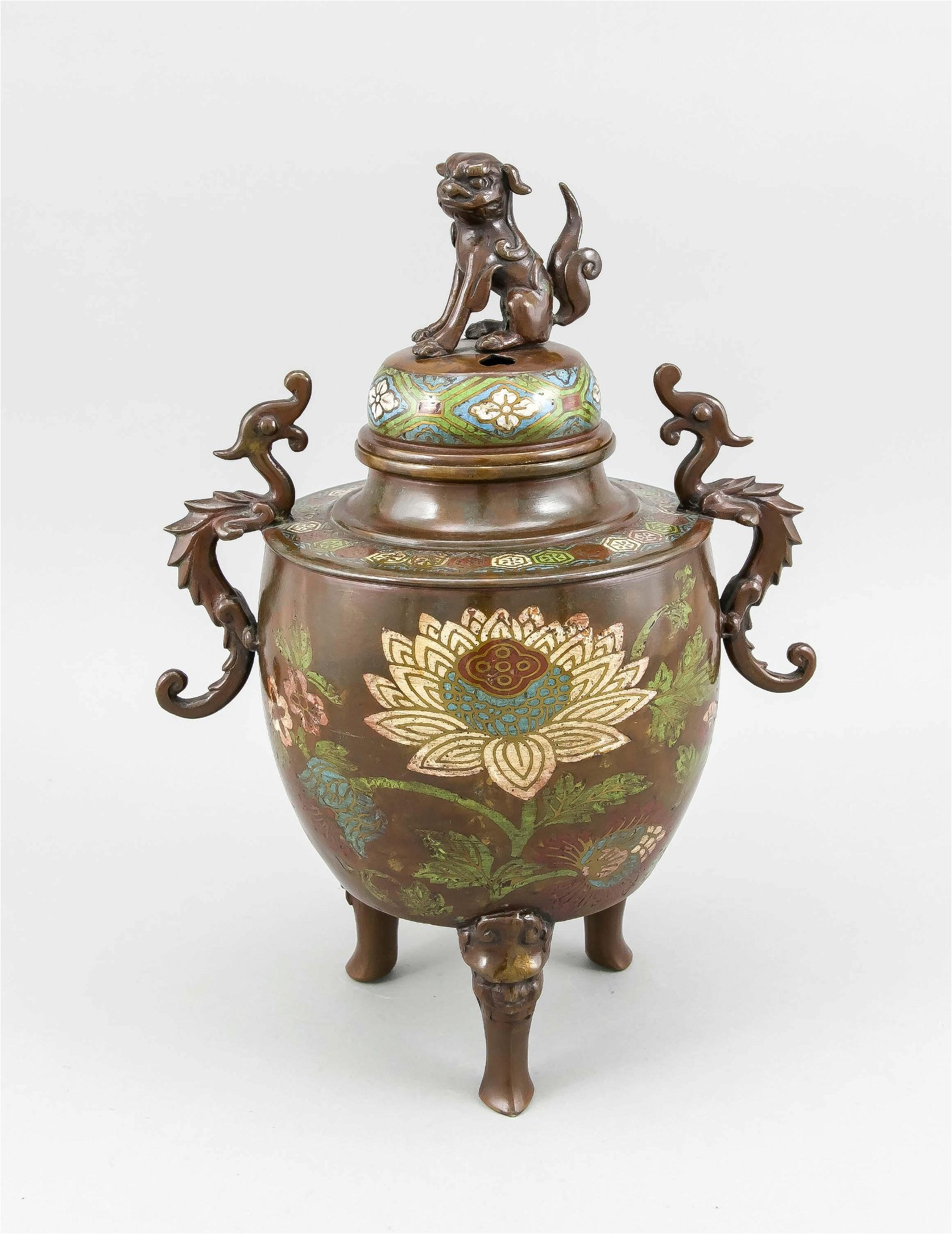 Large 19th century Chinese bronze incense burner with