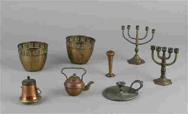 Lot with antique tin and copper work. Including two