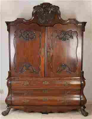 Small 18th century Dutch oak Baroque linen cupboard