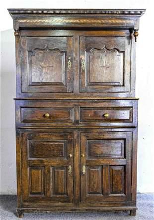 17th - 18th century English oak cupboard with (strap)
